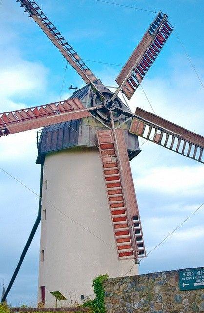 Moulins à vent, moulins à eau  C8bf6c5f