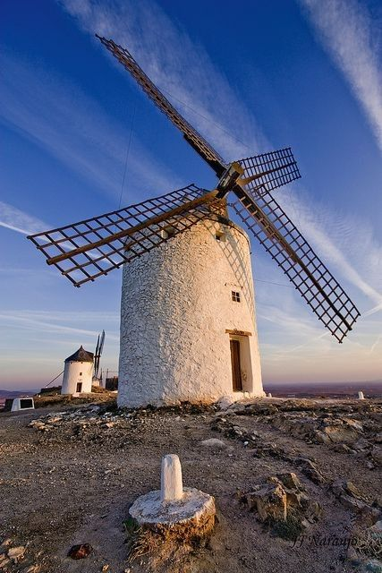 Moulins à vent, moulins à eau  F568baaa